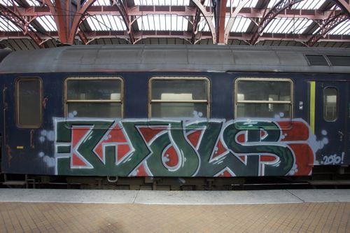 NX4B1528