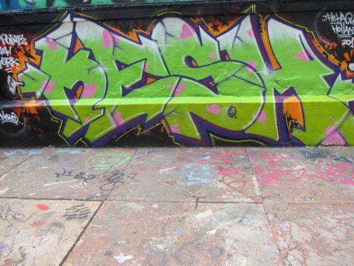 Graffiti5Pointz10