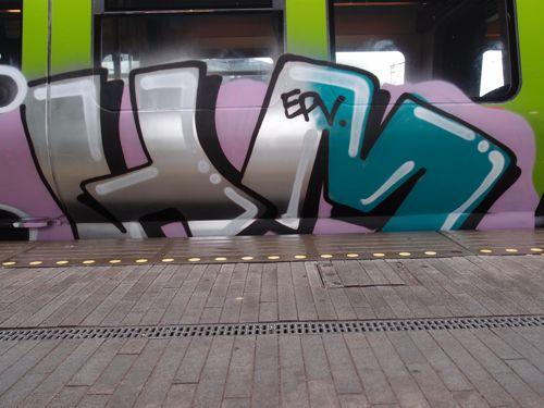 svin201206