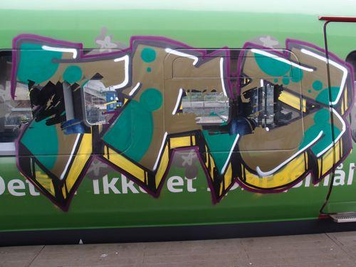svin201211