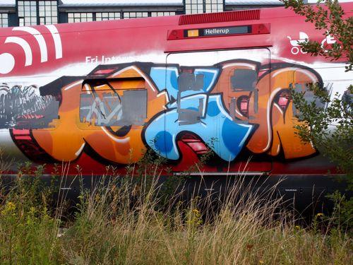 svin201215