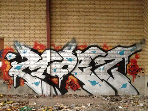 Moes42002