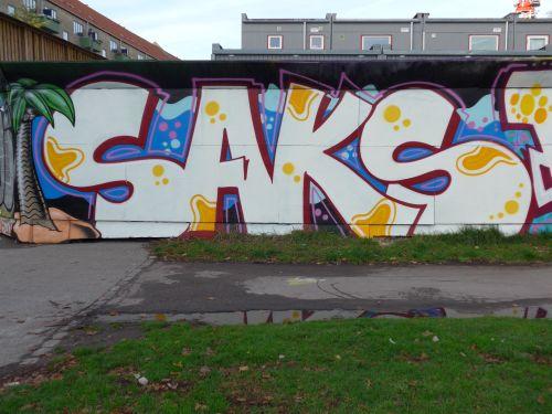 Walls201324