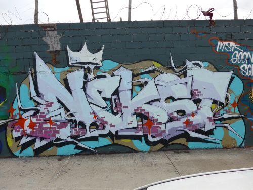 NYCgraf13027