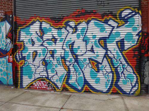 NYCgraf13033