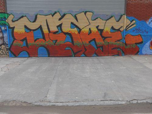 NYCgraf13052
