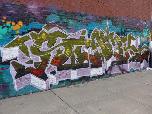 NYCgraf13092