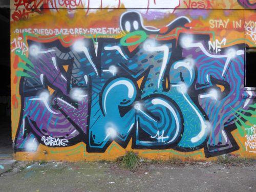 Walls05