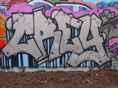 Walls07