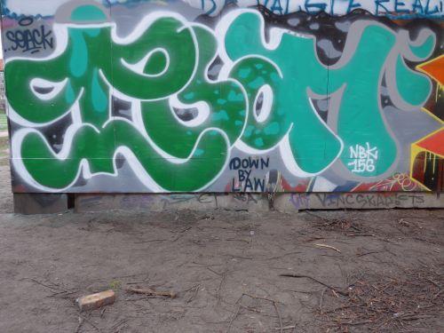 Walls09