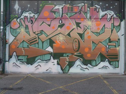 Walls1304