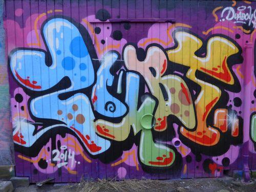 Walls201404