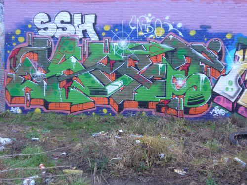 Walls23