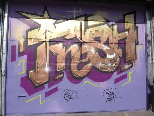Walls02