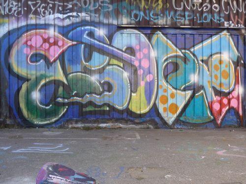Walls20