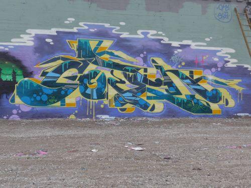 WallsBrask13