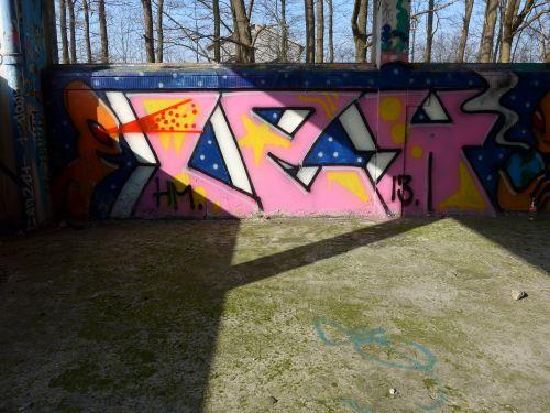 Walls201402