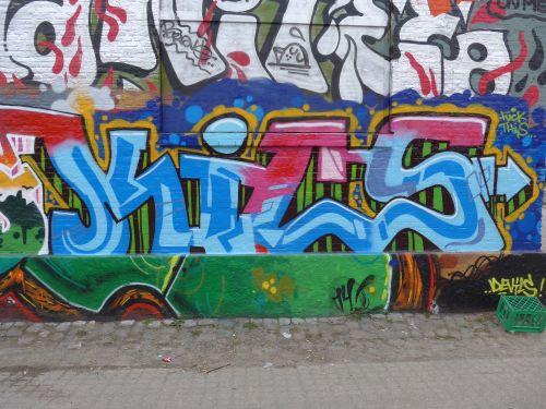 Walls201417
