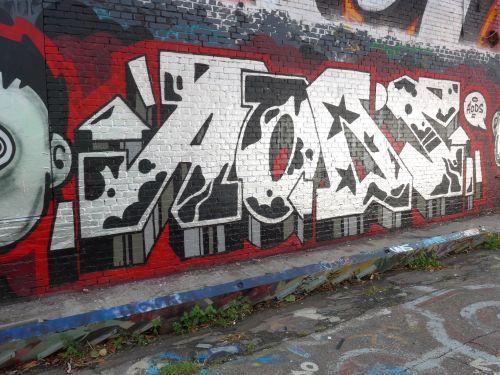 BraskGraffiti2904