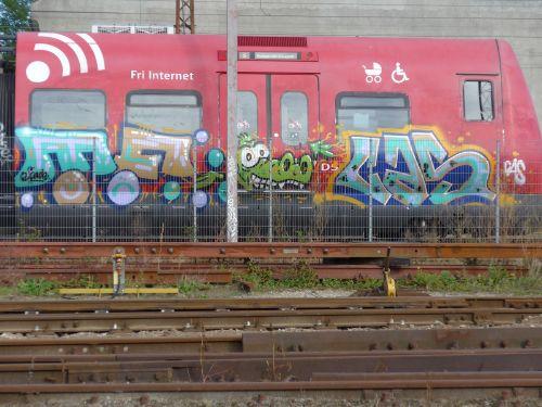 RedSteel201406