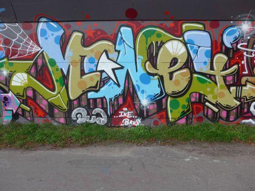 Graffitibrask38