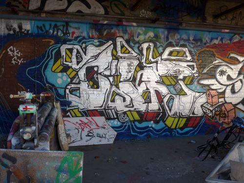 Braskgraffitiwalls07